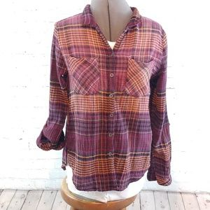 HARPER BUTTON DOWN TOP WITH BOTTON UP BACK